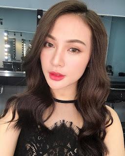 Gái xinh facebook Kelly Nguyễn