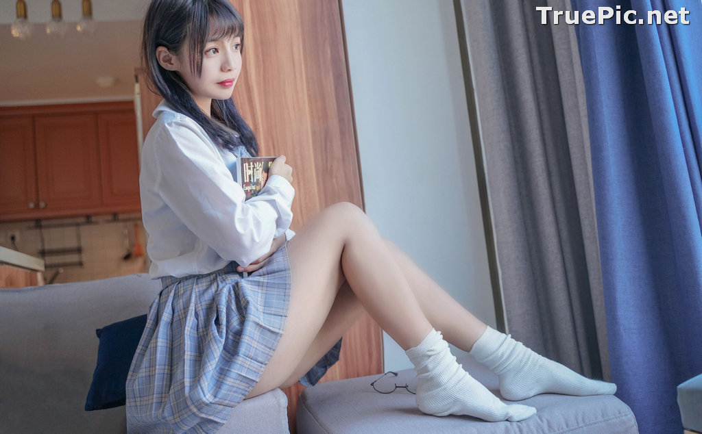 Image [MTCos] 喵糖映画 Vol.047 – Chinese Cute Model – Sexy Student Uniform - TruePic.net - Picture-40