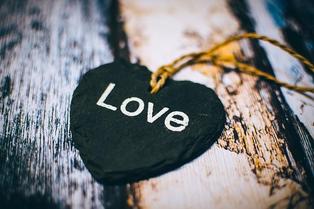 kişisel gelişimde kendini sevmenin önemi... kendini sev ve huzuru keşfet