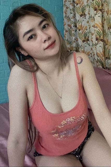 Hot and sexy tiktok videos of beautiful booty asian hottie chick Pinay freelance model Shen Samonte video highlights on Pinays Finest sexy nude photo collection site.