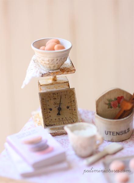 Dollhouse White Kitchen Cupboard