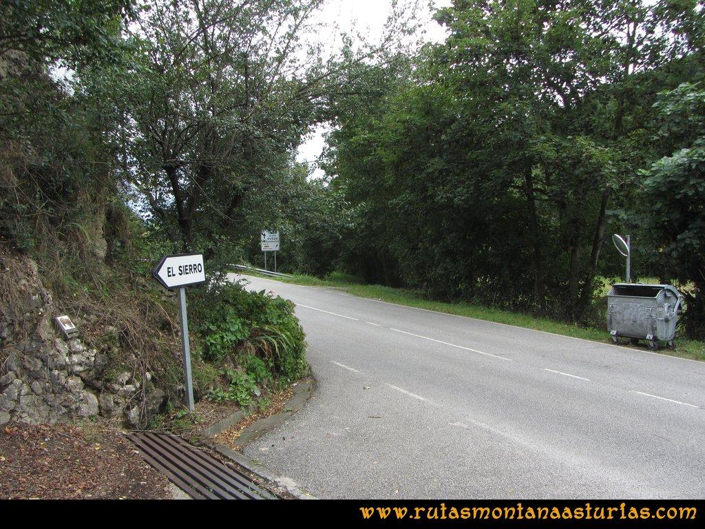 Ruta Cascadas Guanga, Castiello, el Oso: Cruce con la AS-228