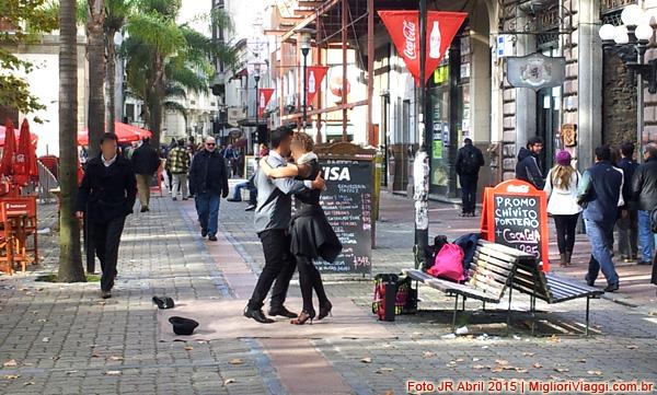 Tango na Praça da Matriz, Ciudad Vieja, Montevideo