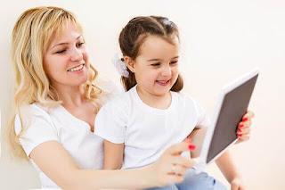 Memberi Handphone untuk Anak? Baca Dulu 5 Hal Ini