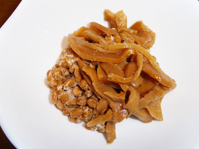 納豆に桃屋の味付メンマ