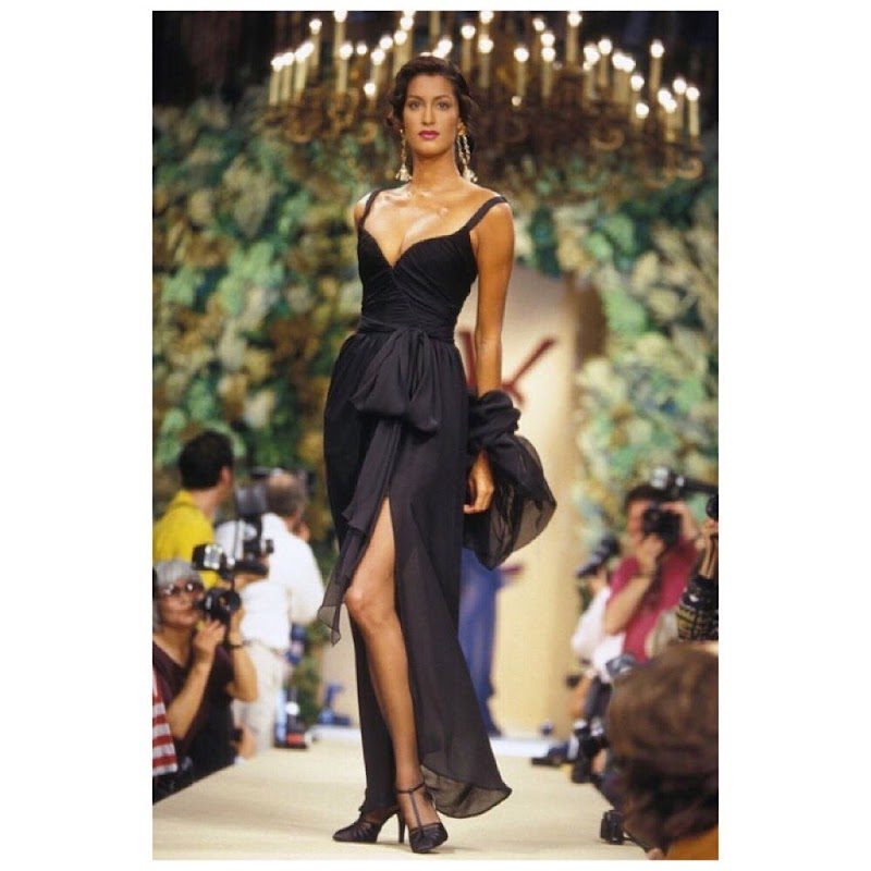 Yasmeen Ghauri Social Media Clicks