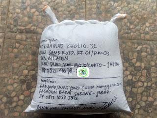 Benih padi yang dibeli    MOKHAMAD KHOLIG Mojokerto, Jatim. (Setelah packing karung ).