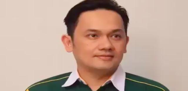 Farhat Abbas: PSI Tak Perlu Lagi Ada di Koalisi Jokowi