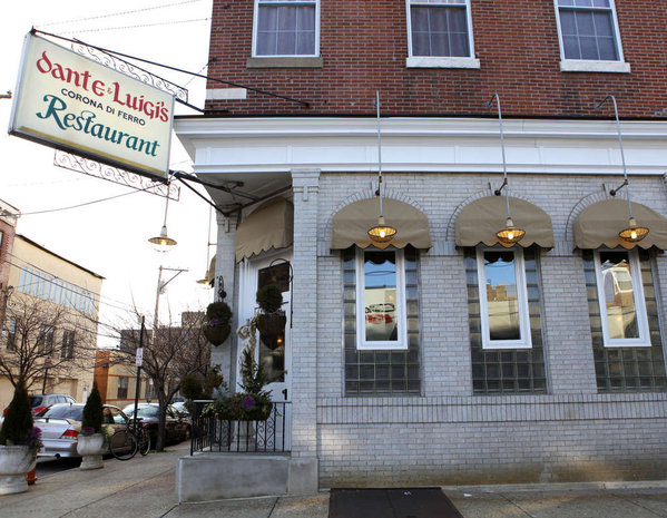 South Philly S Dante Luigi Italian Restaurant Is A Longtime Hit