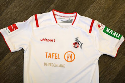 https://www.express.de/sport/fussball/1--fc-koeln/starke-aktion-fc-laeuft-im-derby-gegen-bayer-in-sondertrikots-auf-33606034?originalReferrer=
