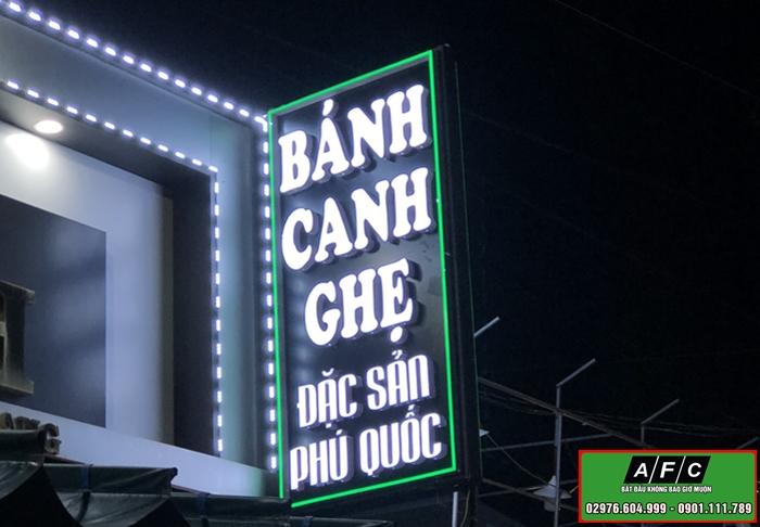 Thi công Bảng hiệu hộp đèn Bánh canh ghẹ đặc sản Phú Quốc