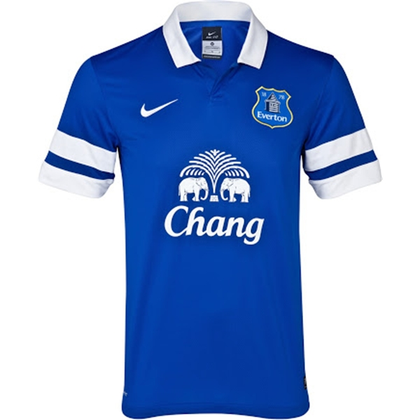 b8a0a7da6 ... easily darkened the shade of blue to make it match the rest of the  shirt. This was a move clearly designed to make the sponsor more noticeable  on TV.