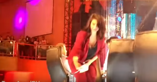 Angel Locsin Gamely Interacted With Her Fans On The Set Of PGT