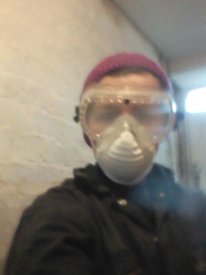 Goggles and dustmask for messy jobs