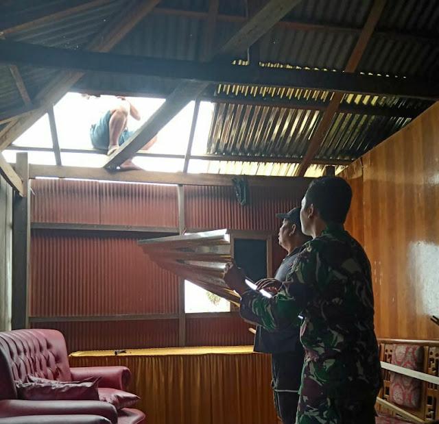 Puting Beliung Hantam 2 Desa dan 2 Kelurahan di Kecamatan Ajangale Bone