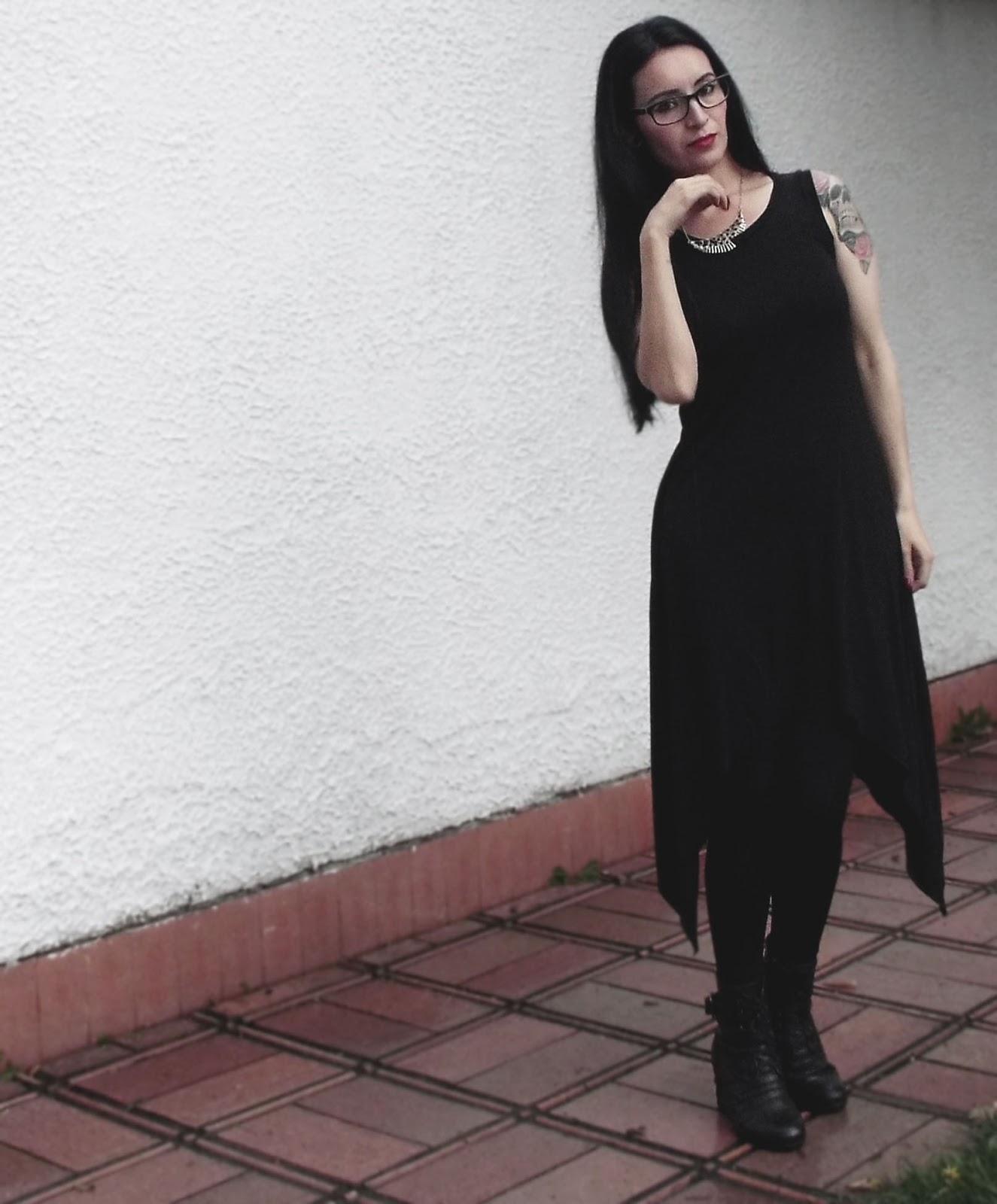 ROPA NEGRA: Ideas para vestir gótico, moda alternativa.