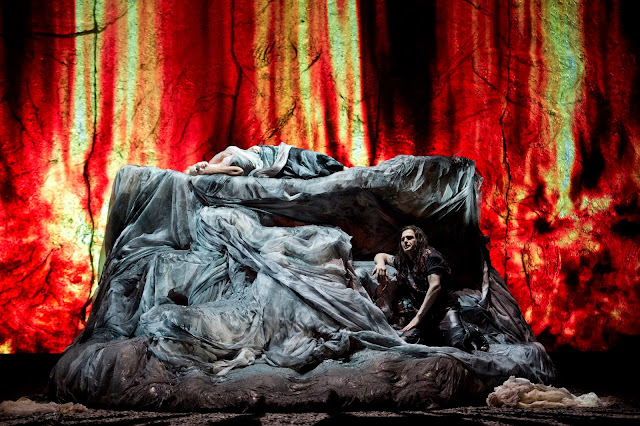 Wagner: Siegfried - Staatsoper Berlin (Photo Monika Rittershaus)