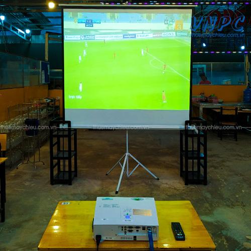 VNPC cho thuê máy chiếu xem bóng đá giá rẻ
