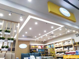 ร้านค้าซาตินพลัส ฝ้าเพดาน