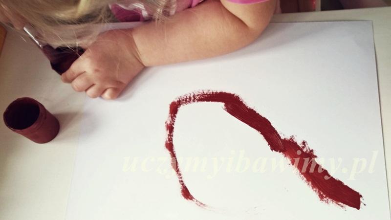 malowanie farbami - dziecko