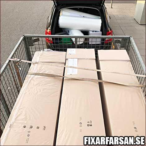 Hemkörning-Tre-IKEA-Sängar-Släp