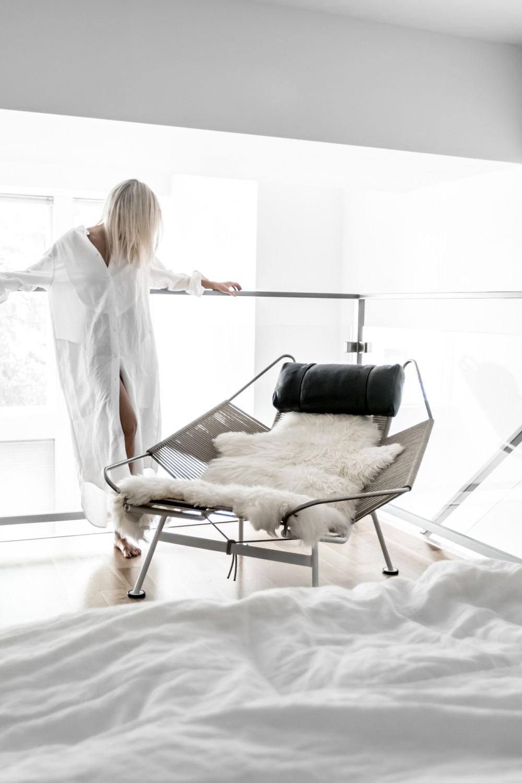 THE MONOCHROME AND MINIMAL LOFT (AND STYLE) OF @FIGTNY / El loft (y el estilo) monocromo y minimalista de @Figtny