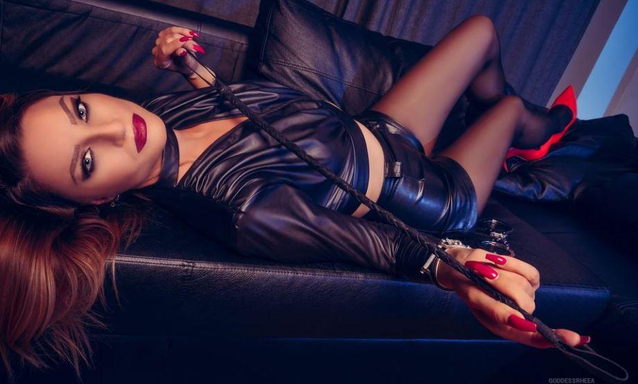 GoddessRheea Model GlamourCams