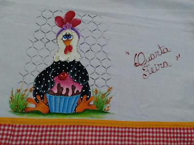 pintura em tecido galinha com cupcake