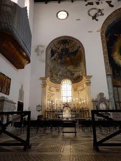 サレルノ大聖堂内部