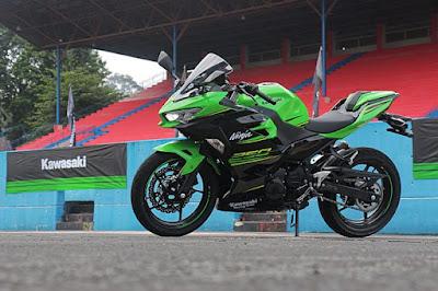 Harga dan Spesifikasi All New Kawasaki Ninja 250 FI 2018