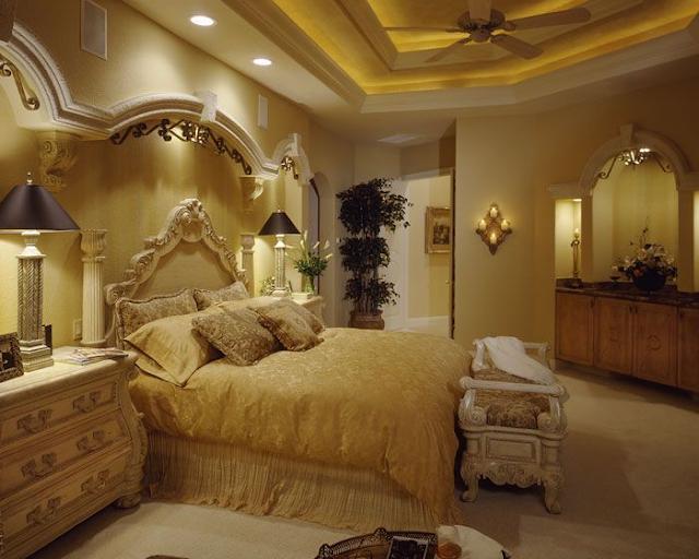 سرير كلاسيكي الطراز