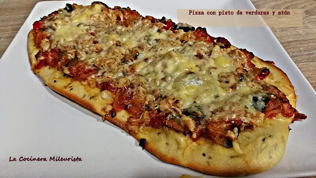 Pizza Con Pisto De Verduras Y Atún (el Secreto Está En La Masa)