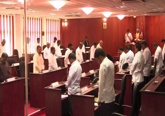 Sivajilingam mourns wearing black attire while two minutes silence observed for Jayalalitha in Northern Provincial council
