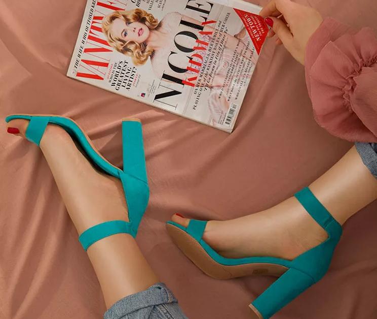 Sandale de zi cu toc gros/inalt elegante si frumoase ieftine de vara 2020