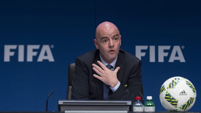 """Barca chiêu mộ tân binh nhờ luật """"lạ"""": FIFA """"tuýt còi"""", La Liga chống đốiBarca chiêu mộ tân binh nhờ luật """"lạ"""": FIFA """"tuýt còi"""", La Liga chống đối 2"""