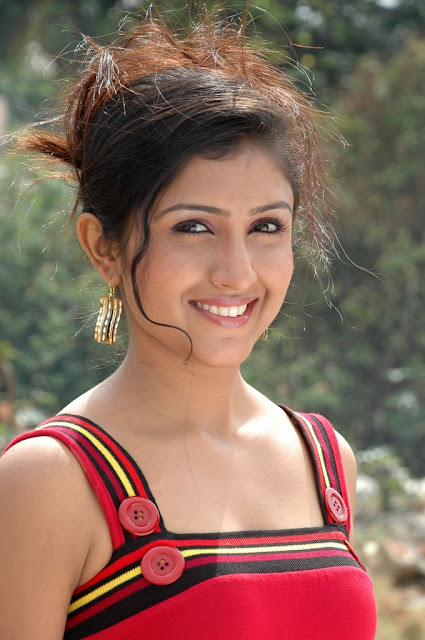 South Indian Hottie Yagna Shetty In Ramya Barna -3514