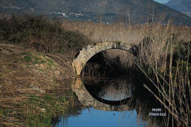 Ανακαλύφθηκε τυχαία στην Αργολίδα άθικτο πέτρινο γεφύρι της εποχής της τουρκοκρατίας