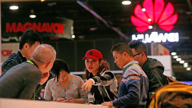 El fundador de Huawei promete pagar más que Google a los estudiantes talentosos
