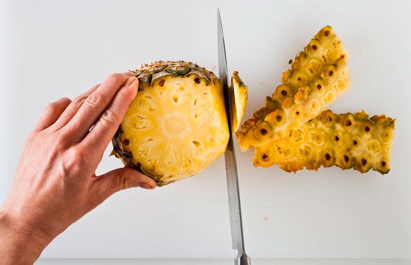 Tutorial: como descascar abacaxi do jeito mais fácil - Casa e Cozinha