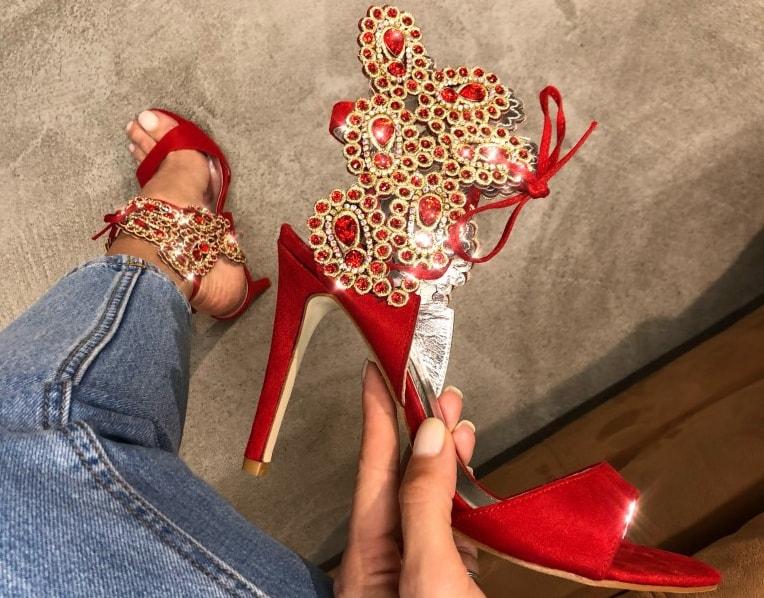 Sandale cu toc inalt subtire la moda elegante ieftine de zi
