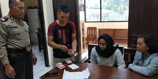 Temukan Uang Puluhan Juta di Pinggir Jalan. Dua Gadis Wonogiri Lapor Polisi