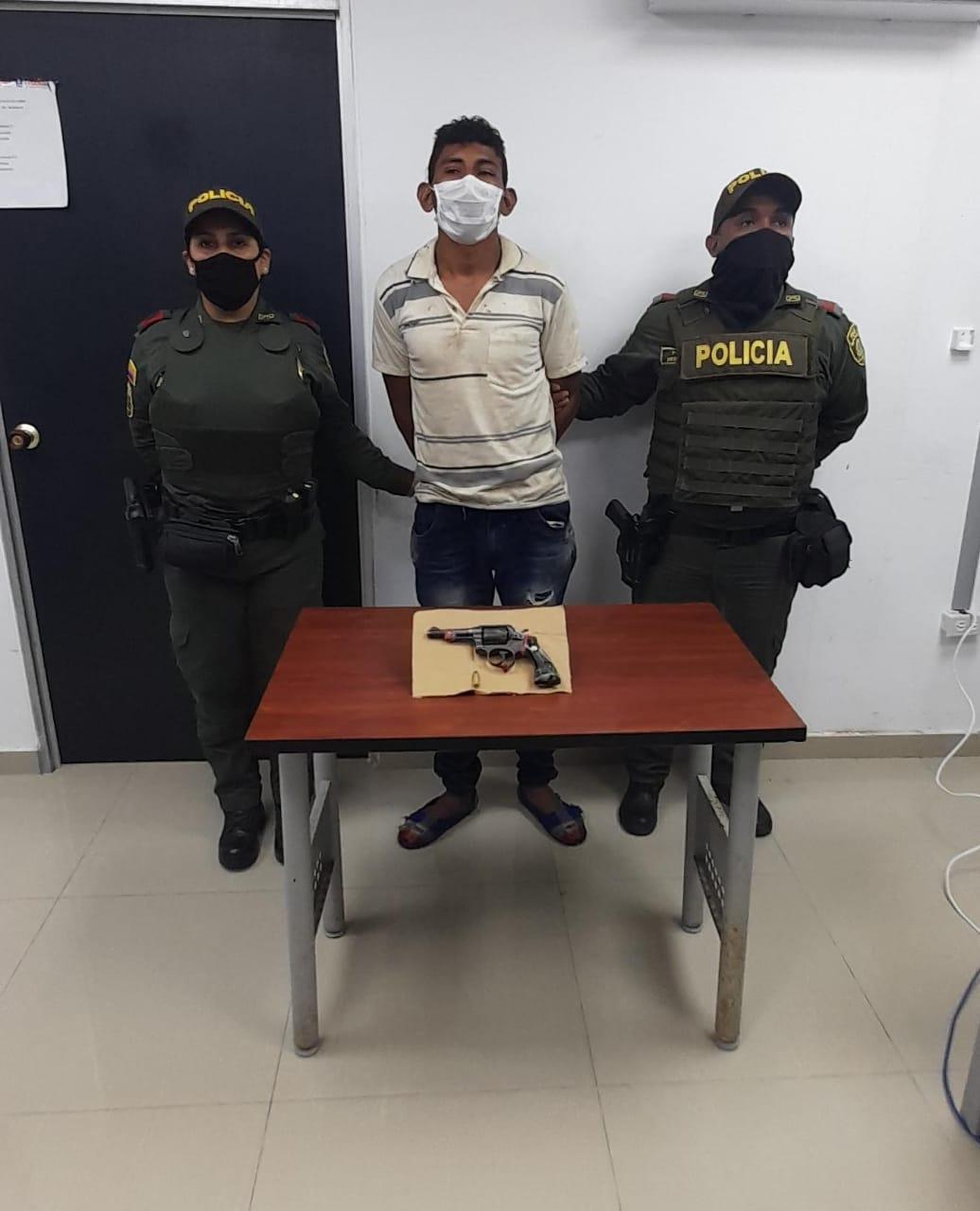 https://www.notasrosas.com/En Riohacha: portaba arma de fuego ilegal, y fue capturado por la Policía Nacional