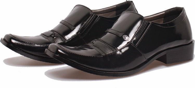 Model sepatu formal branded, sepatu kerja pria cibaduyut online, sepatu kerja pria murah bandung, model 2015 sepatu kerja pria