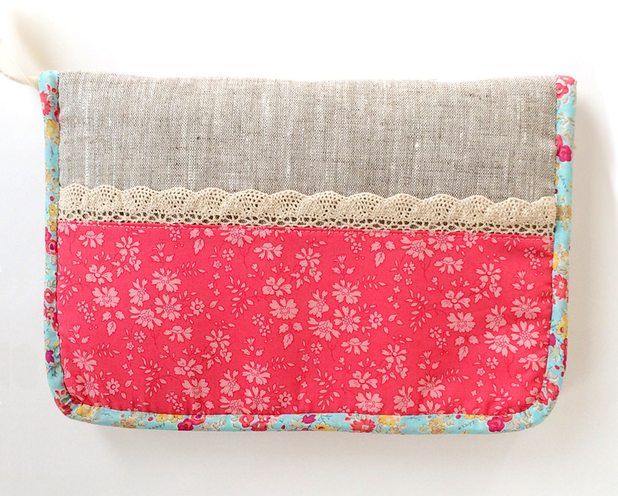 Zipped Sewing Travel Case Tutorial.