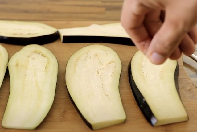 slicing the eggplants