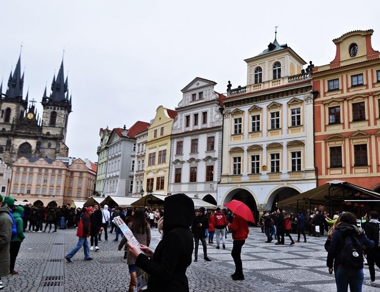 SPOSOBY NA JESIENNĄ CHANDRĘ Praga Czechy
