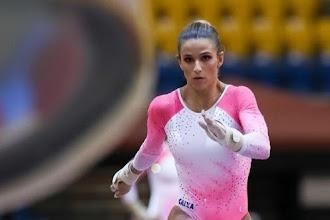 Jade Barbosa opera joelho e só recuperação em tempo recorde a fará ter chances de ir à Tóquio 2020