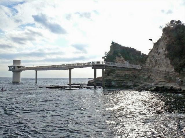 勝浦海中公園 海中展望塔