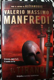 Portada del libro El tirano, de Valerio Massimo Manfredi