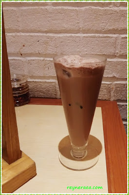 imperial kitchen & dimsum ice chocolate